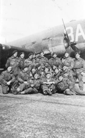 Men of 5 Platoon B Company 8th Battalion just before take off for Rhine Crossing, 1945