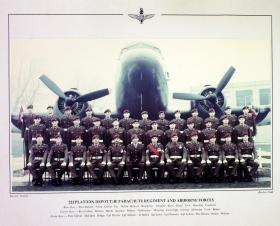 Passing Out photograph of 522 Platoon, January 1987.