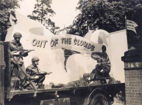 5th Airborne Workshop REME (TA) Tableau during a Coventry procession, 21 May 1949