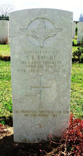 Grave of Pte N E Knight, Ramleh War Cemetery, Israel, 2015.