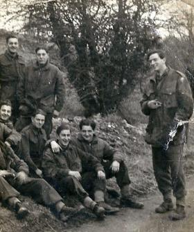 Members of Lt Fry's 3 Pln A Coy 8th Para Bn, pre Normandy, c1944.