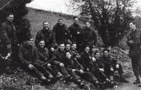 Members of 7 Pln C Coy 8th Para Bn, Salisbury Plain, England, 1943.
