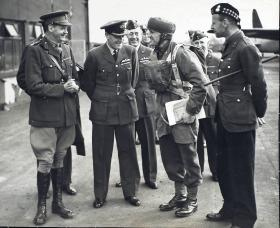 Brigadier Gale inspects the troops at Ringway, 1940