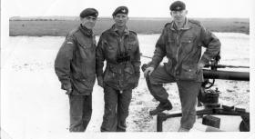 Guards Para Company Anti-Tank Patrol soldiers pose with 106mm Anti-Tank gun, 1963