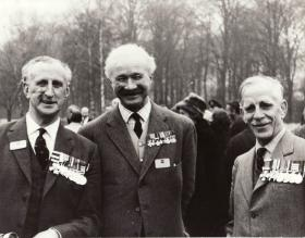 Photo of Col Geoffrey Pine Coffin, Lt Col Peter Luard and Gen Sir Kenneth Darling