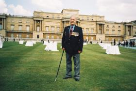 John Archer in the grounds at Buckingham Palace, Veterans Day, 10 July 2005