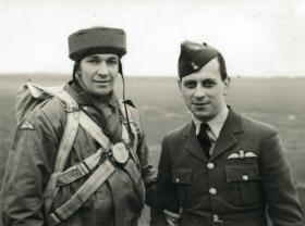 David Dobie with Sqn Ldr Meade at RAF Dishforth, Jan 1942