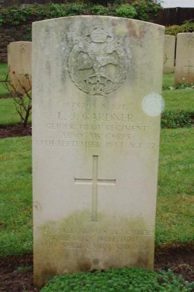 Gravestone of LJ Gardner, Weston-Super-Mare