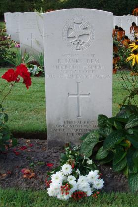Gravestone of R Banks, Oosterbeek, 2009