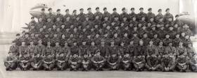 Group photo of Parachute Course 425, Abingdon, July 1956