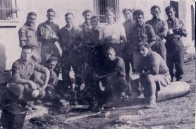 Group photo of members of 1st Independent Parachute Platoon relaxing