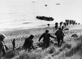 Paratroops practising their withdrawal to the landing craft for the Bruneval Raid