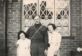 Harold Fisher with family at his first billet, Manchester, August 1940