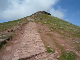 The first Top for 'The Fan' dance Corn Du at 873m