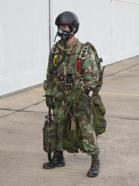 A Portuguese Pathfinder rigged for a HALO jump, Tancos 2009.