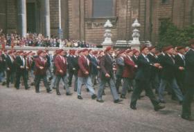 Para 90 Parade, London