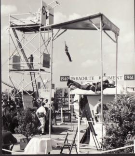 Parachute Regiment Display, Farnborough Air Show, 1961