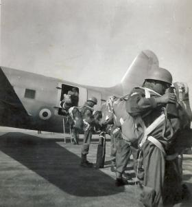 Men of 2nd Para Battalion fly to Jordan from RAF Kabrit Egypt for an exercise, 1952