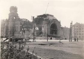 Kiel Railway Station, 1945