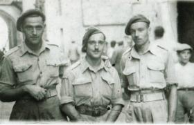 Charles Waddilove (left) with 2 other members of C Coy, 2nd Para Bn in Italy, 1943.