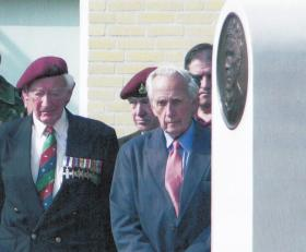 Tony Hibbert & Brian Urquhart at the unveiling of the Sosabowski Memorial, 16 September 2006.