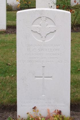 Ben Swallow's Headstone, Arnhem, Oosterbeek, 2009