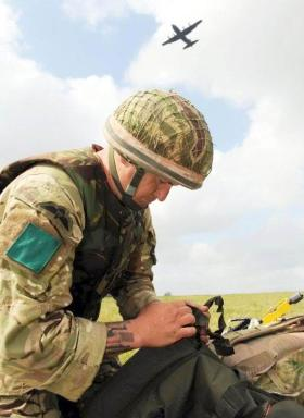 A member of 3 PARA on the DZ in Exercise Eagles Flight, 2012.