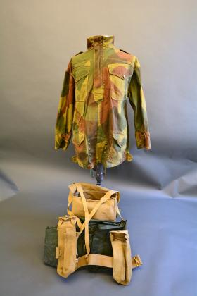 37 Pattern Waist Belt and Basic Pouches from inside Large Pack from the Airborne Assault Museum Collection, Duxford.