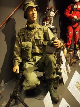 Mannequin depicting a member of 2 PARA, Borneo, 1965 at Airborne Assault, Duxford.