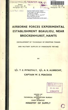 Development of technique of dropping troops and military supplies by parachute 1939-45