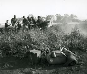 Soldiers training in North Africa, c.1943