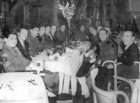 Airborne soldiers enjoy the Sheffield Peace Celebration Dinner, 1945
