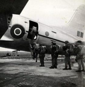 Spr Morgan and others emplane at  the Airborne Forces Experimental Establishment, c1948.