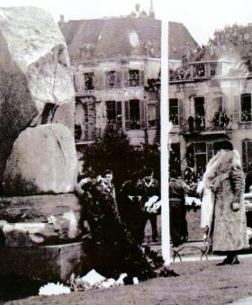 Arnhem first ever wreath laying service by Queen Wilhelmina of the Netherlands. September 1945.