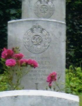 Headstone of Sapper Ernest W Bailey , Eiganes Churchyard, Stavanger, Norway.