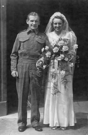 Private Albert Breen and his bride Daisy, May 1944.