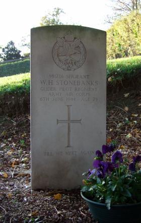 Headstone of Sgt W Stonebanks, Brucourt Churchyard Cemetery, October 2013.