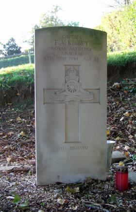 Headstone of Capt F Kilbey, Brucourt Churchyard Cemetery, October 2013.