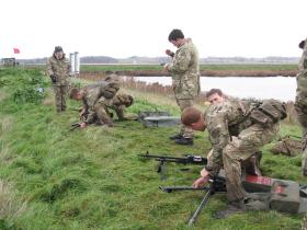 Setting up a GPMG as part of the Budd VC/Absolon MM Military Skills Competition, 3 PARA, Colchester, November 2012.