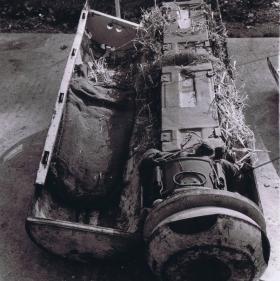 CLE Mk1 containing ammunition, c1945.