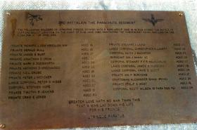 Memorial to 3 PARA at Mount Longdon.