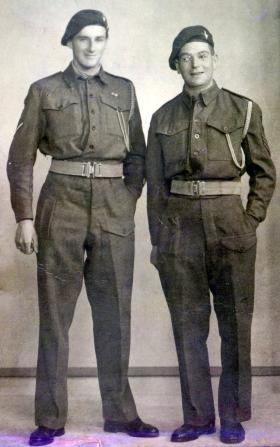Cpl F Dodds and Sgt W Price. 3 Pln, A Coy, 2nd Para Bn, Date unknown.