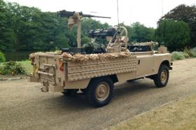 A restored Gulf War 1 Recce Land Rover with deactivated .50 cal HMG and GPMG, 2010