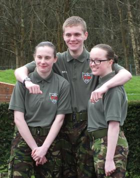 Triplets set to follow in parents' footsteps and join the British Army