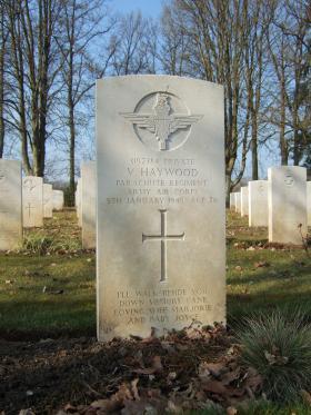 Grave of Pte Vincent Haywood, Hotton War Cemetery, Belgium, 2015.