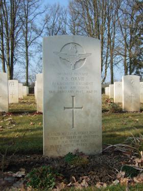 Grave of Pte R S Orme, Hotton War Cemetery, Belgium, 2015.