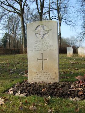 Grave of WIlliam J Sears, Hotton War Cemetery, Belgium, 2015.