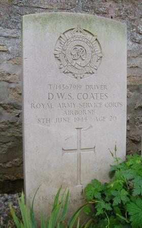 Headstone of Dvr Douglas Coates, Herouville Cemetery, October 2010.