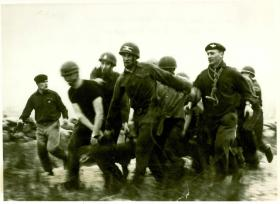 p company. Log Race. Stirling Scotland 1960's. 15 Para