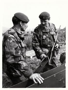UKLF Ex Bold Guard 1979, Cpl Moorhouse discussing the bar mine layer with Troop Cmdr Lt Peter Wall.